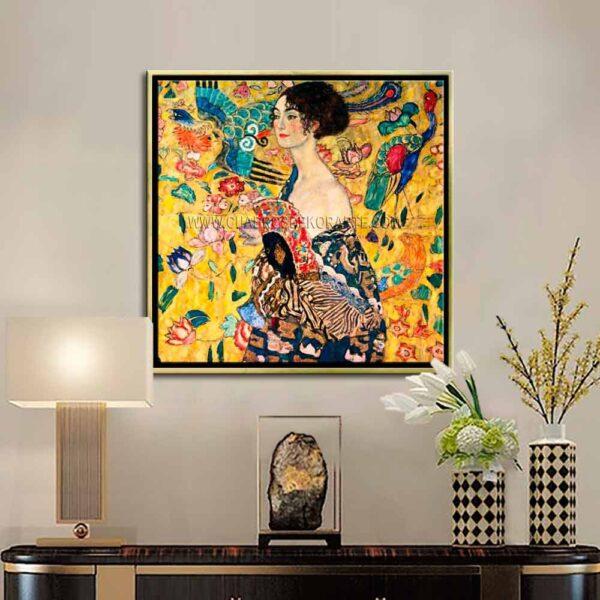 Cuadro decorativo mujer con abanico de Gustav Klimt impresión digital en canvas